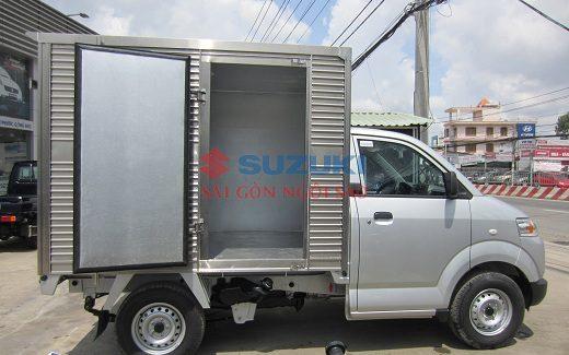 xe tải suzuki 750kg thùng kín