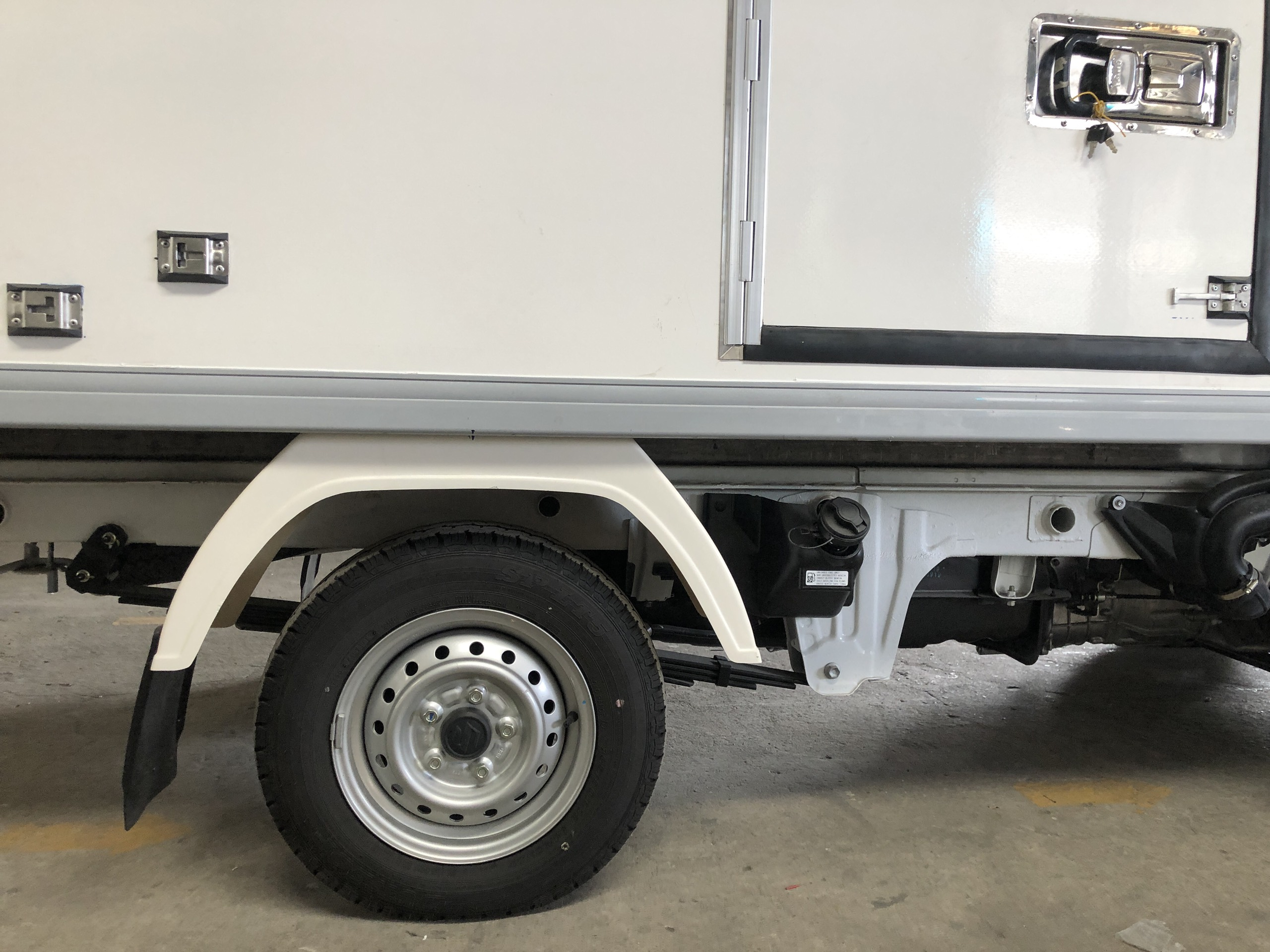 xe tải đông lạnh suzuki (16)