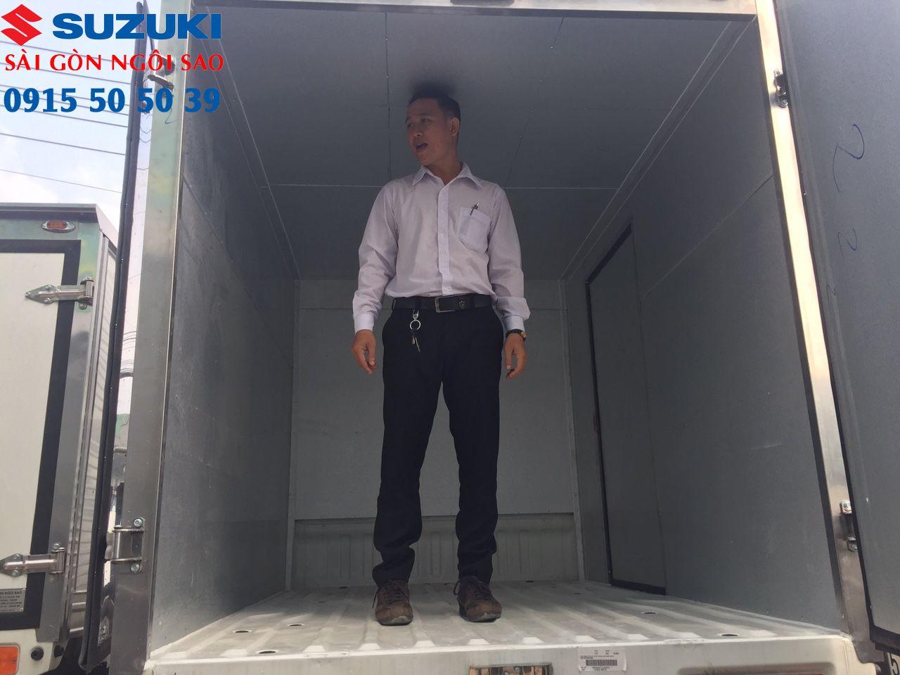 xe tải suzuki 750kg thùng kín cửa hông (21)_result