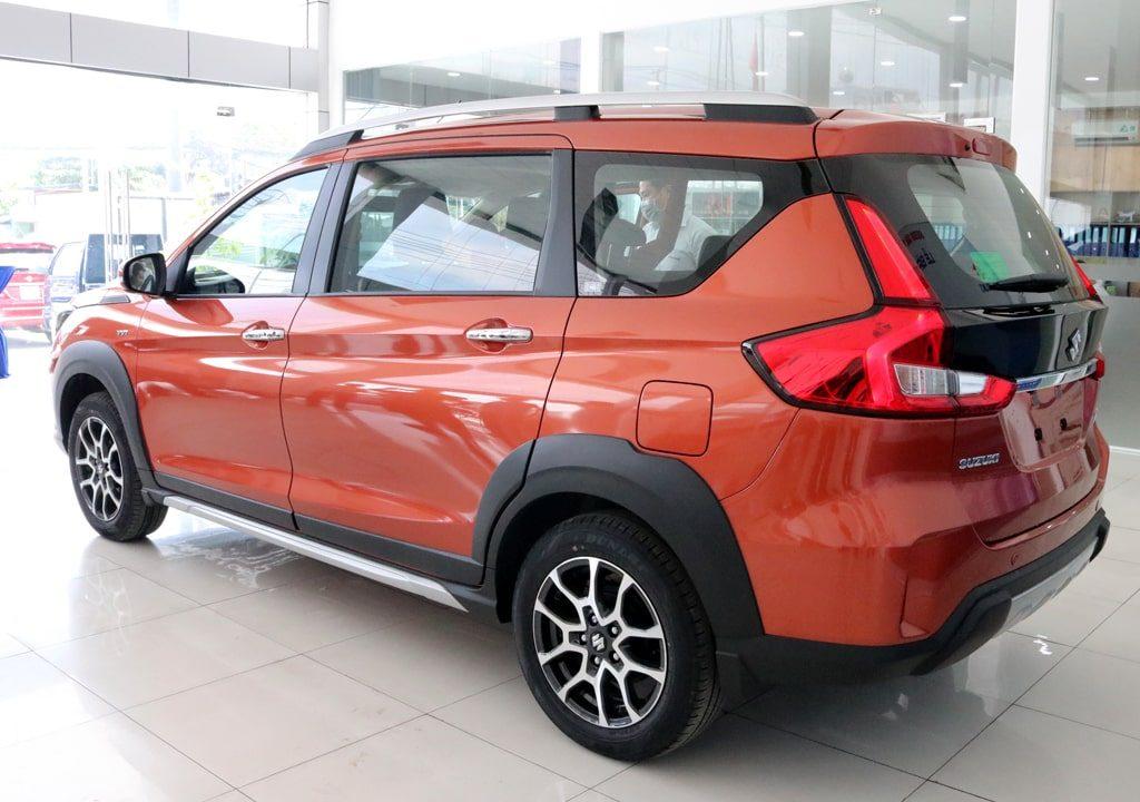 Suzuki XL7 hình ảnh 1