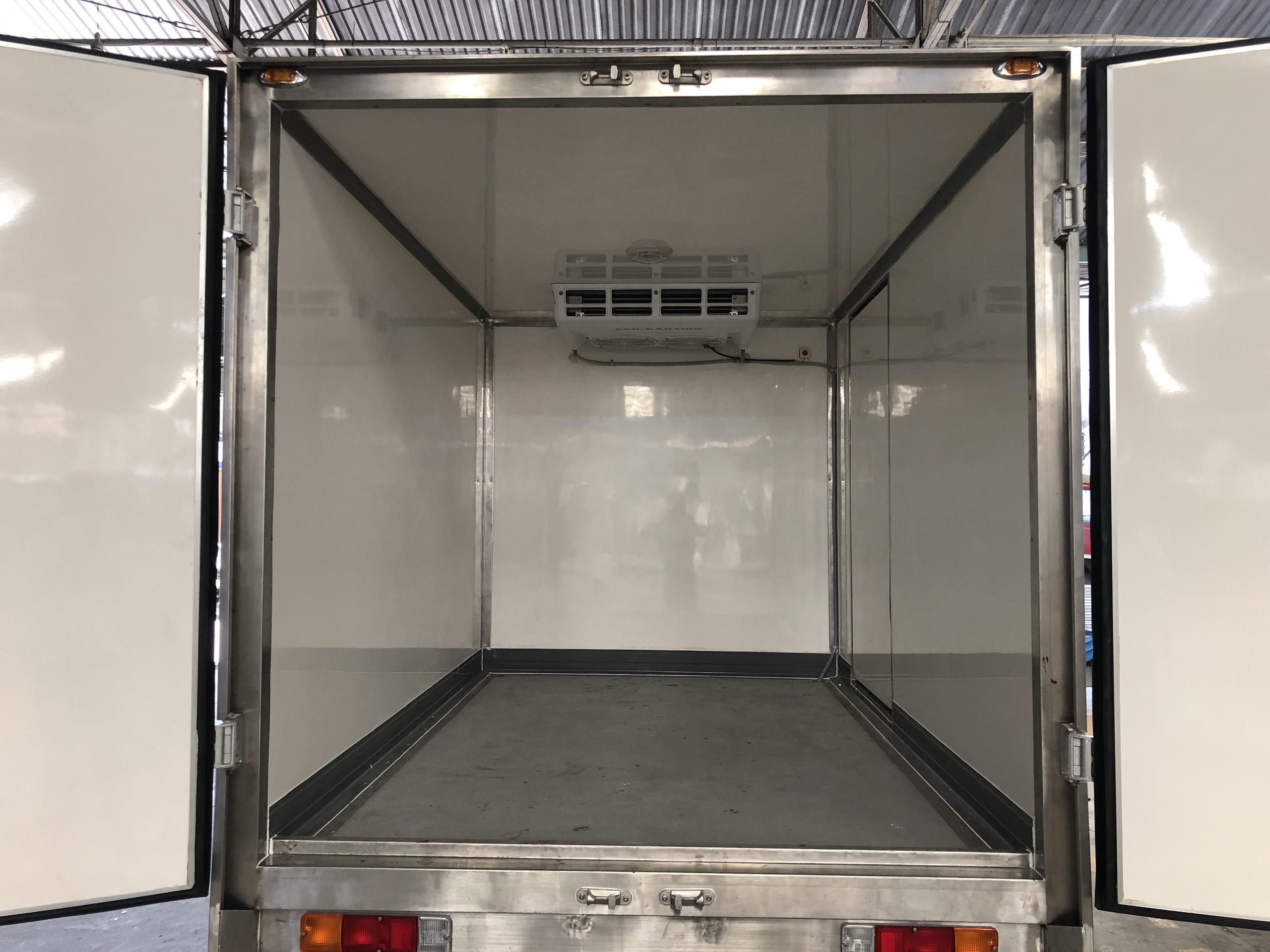 xe tải đông lạnh suzuki (28)