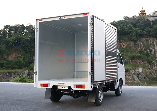xe tải suzuki 810kg thùng kín