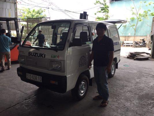 xe tải suzuki chạy được giờ cấm