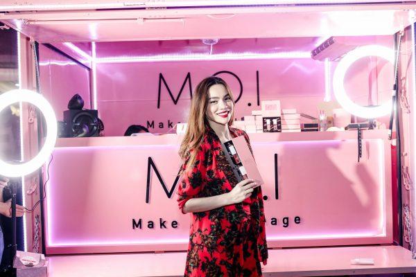Xe tải suzuki M.O.I Cosmetics