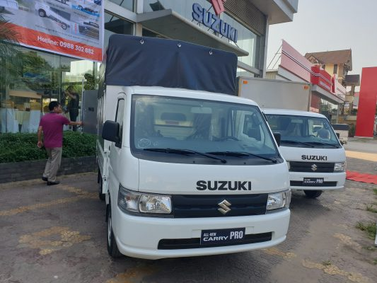 giá xe tải suzuki 810kg thùng mui bạt