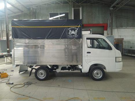 xe-tai-suzuki-810kg-mui-bat