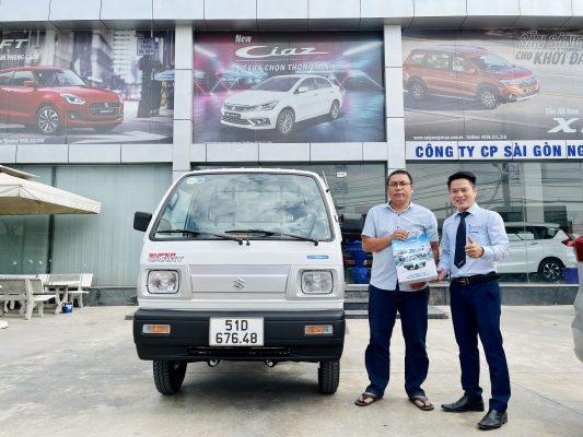giá xe tải suzuki khách mua xe